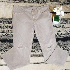 AMERICAN EAGLE OUTFITTERS Distressed Jeans Size 12